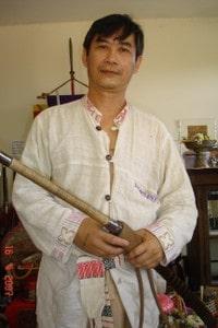 Kru Pong krabi-krabong teacher of kru Pedro (phramajarn Ari lineage)