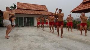 Training rotational exercises to develop body unity